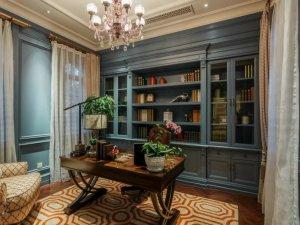 美式风格书房书柜装修效果图 定制玻璃门书柜图片