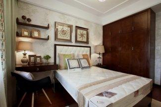 新中式卧室实木衣柜效果图 深棕色衣柜图片